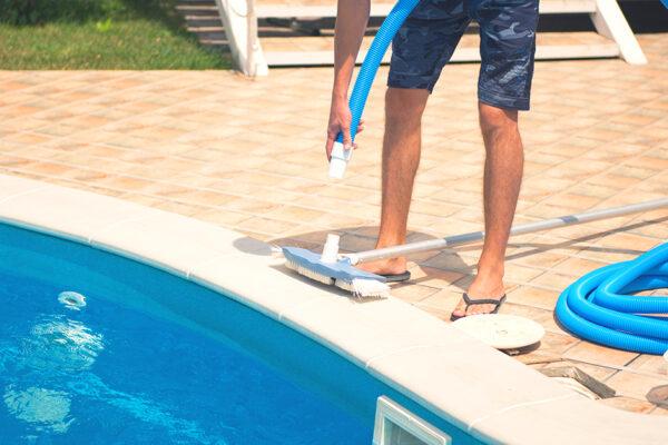 6 consejos para la limpieza de piscinas que todo propietario debe conocer